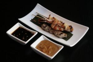 F4 Sate Mix Chicken saté, pork saté and prawn saté with spicy sweet soy sauce and peanut sauce.